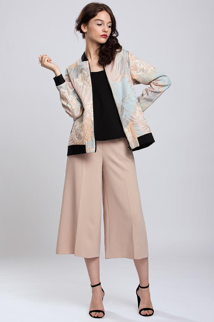 Дамско яке във флорален десен Pulse