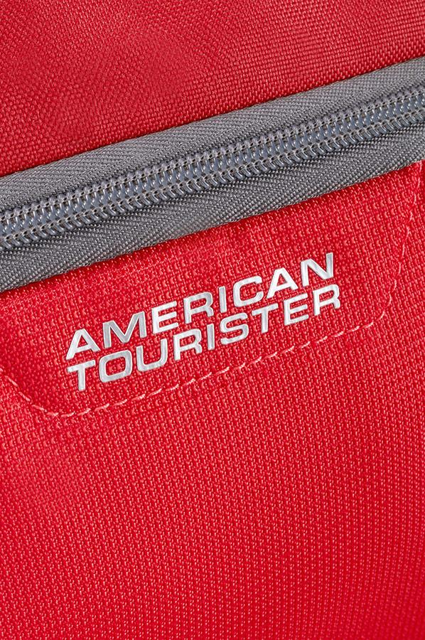 Чанта за фитнес в червено American tourister