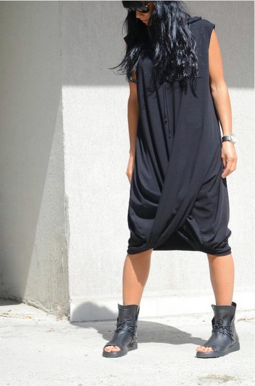 Екстравагантна макси рокля Kotyto