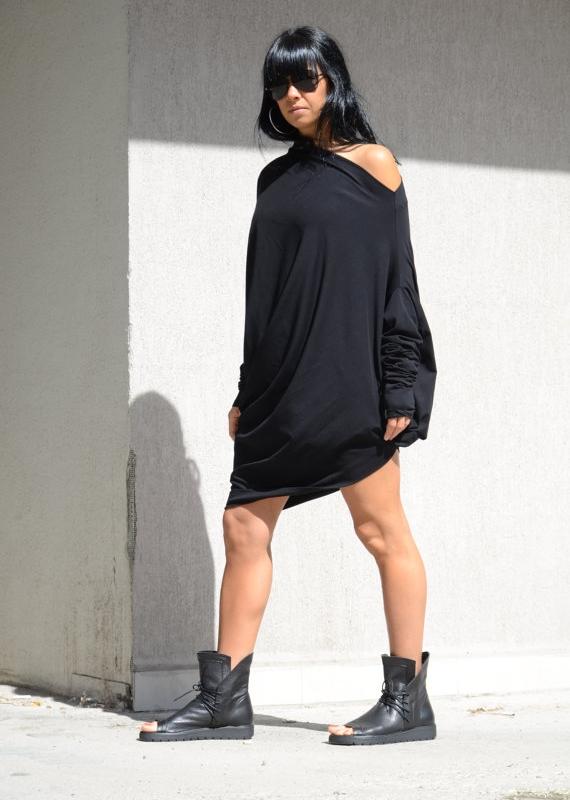 Черна макси рокля с голо рамо Kotyto