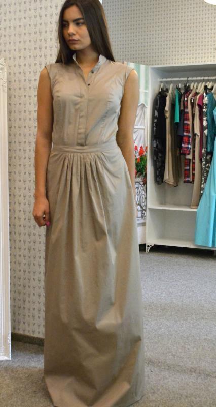 Дизайнерска рокля в бежово Aggata