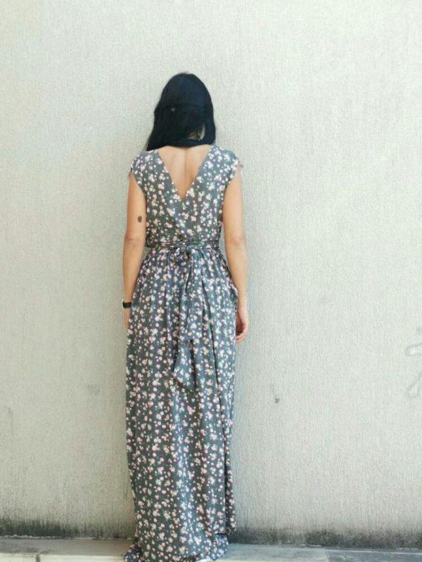 Сива макси рокля с цветя Kotyto
