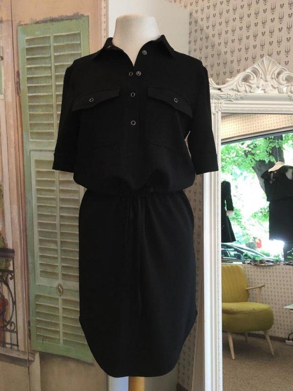 Черна рокля Aggata в макси размери