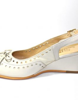 Обувки на ниска платформа Sara Pen