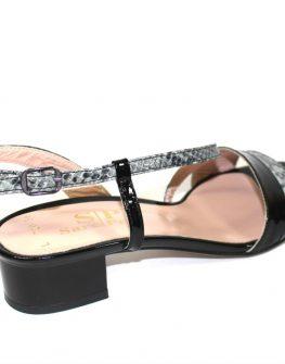 Дамски сандали Sara Pen на нисък ток
