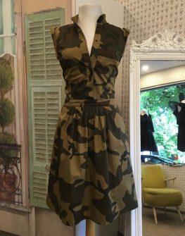 Камуфлажна рокля в макси размери Aggata