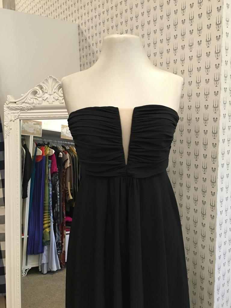 Елегантна рокля в макси размери Aggata