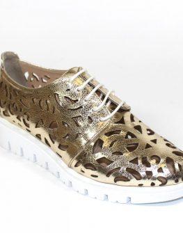 Златисти дамски обувки Sara Pen