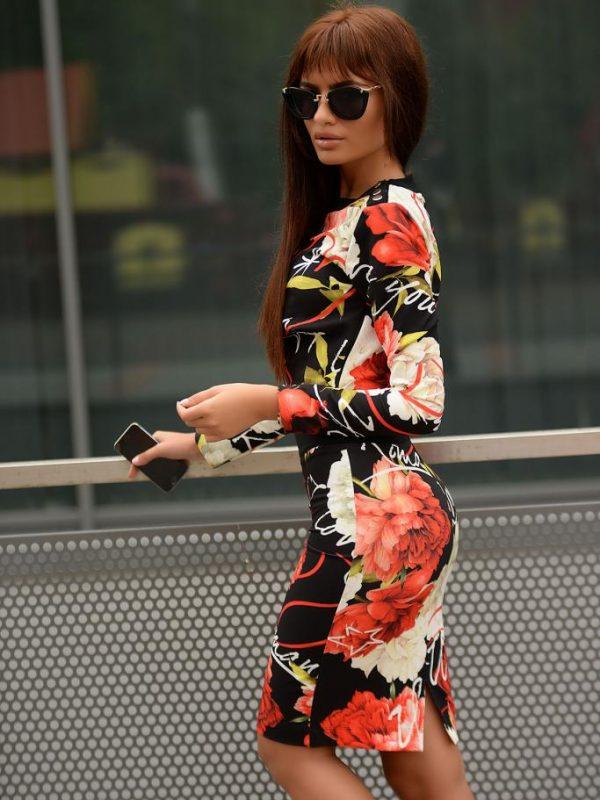 Пола и блуза с флорални елементи DPmoda