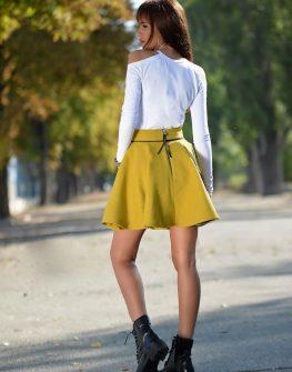 Блуза с голи рамене DPmoda