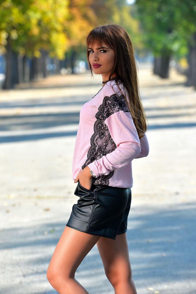 Дизайнерски пуловер в розово DPmoda