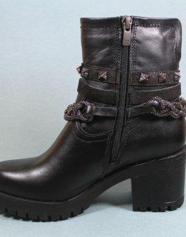 Черни кожени дамски боти с капси Sara Pen