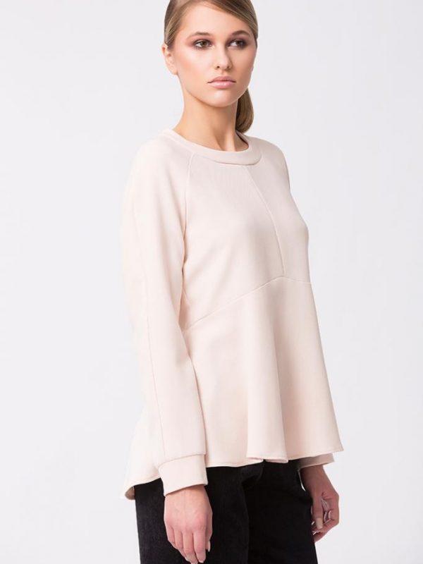 Бутикова бежова блуза PULSE