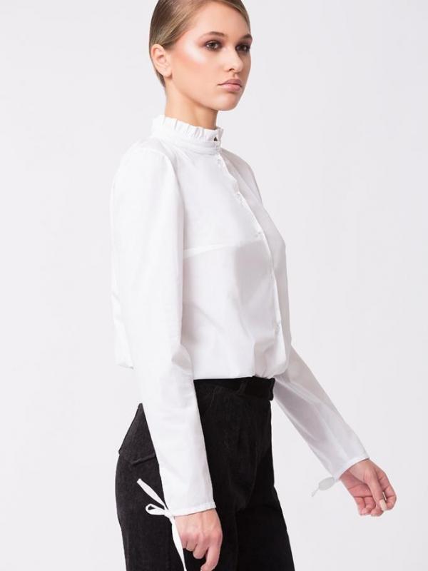 Бутикова бяла риза PULSE