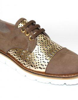 Ефектни дамски обувки Sara Pen в кафяво