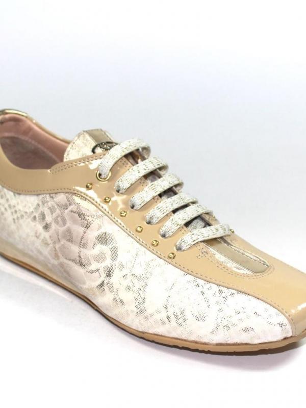 Спортни обувки в бежово Sara Pen