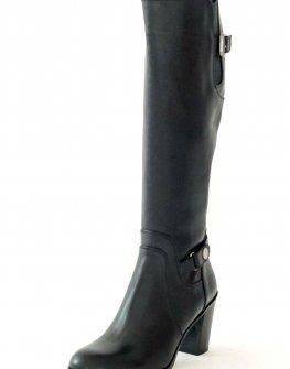 Стилни ботуши в черно Sara Pen