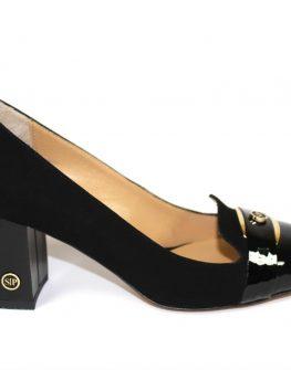Черни дамски обувки със златист акцент - Sara Pen
