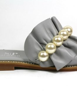 Дамски чехли в сиво Sara Pen