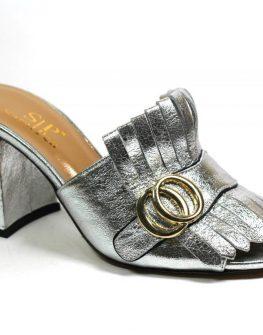 Дамски сребристи чехли от естествена кожа Sara Pen