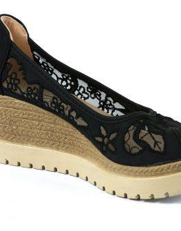 Дамски обувки на платформа