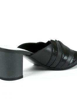 Ефектни чехли за дамите в черен цвят от Balis