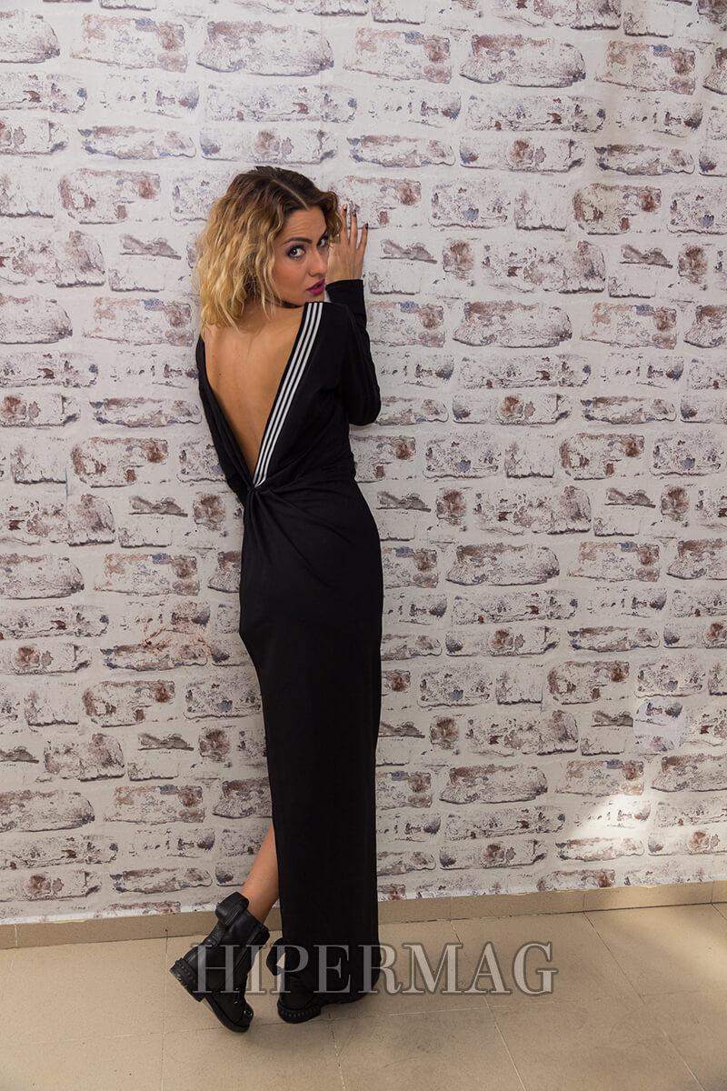 бутикова черна рокля