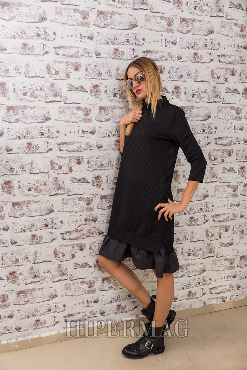 бутикова черна рокля с харбала