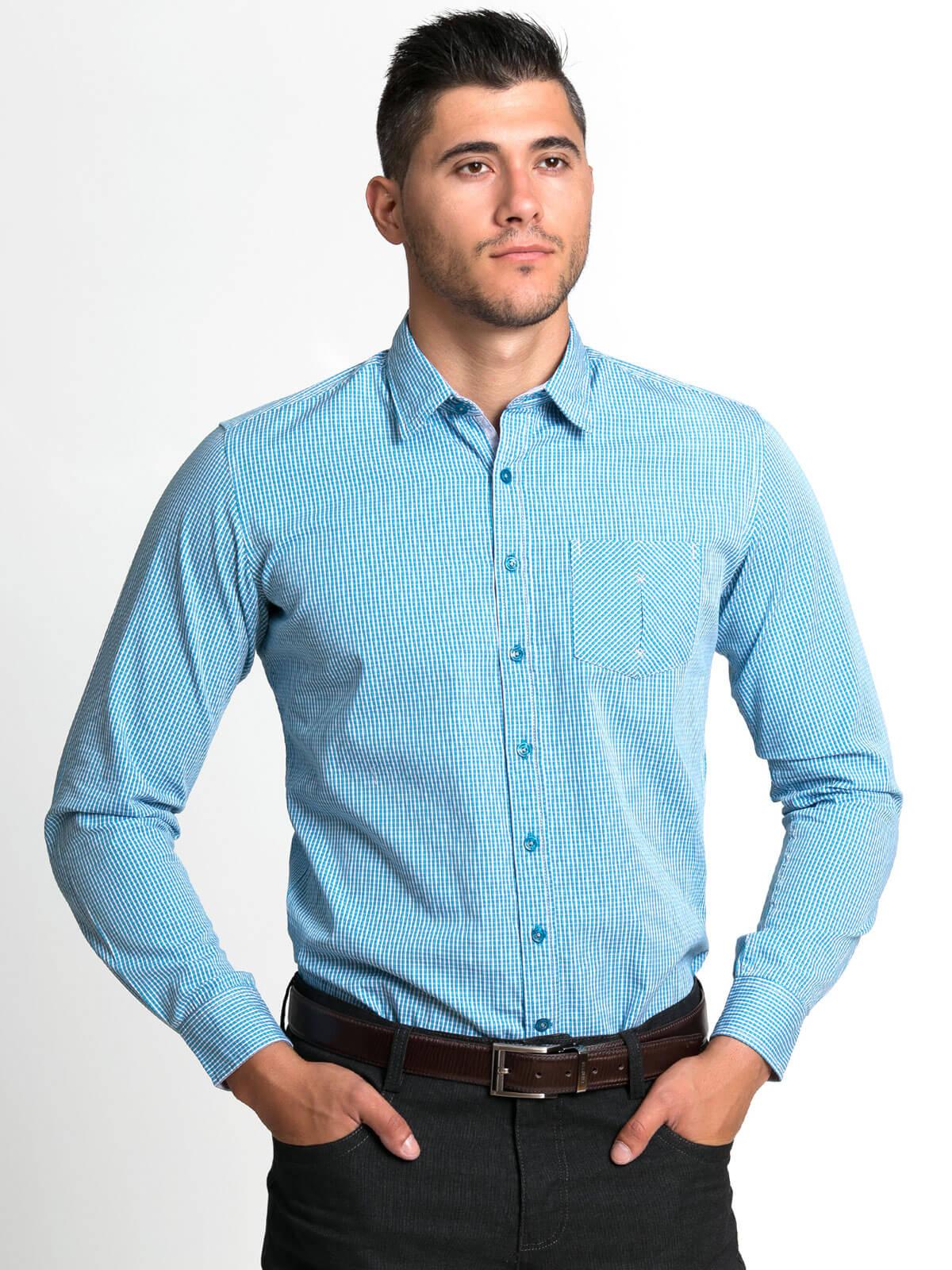 Мъжка риза в дискретно каре