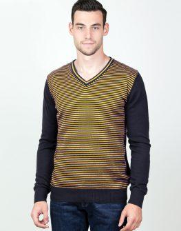 Пуловер на райе