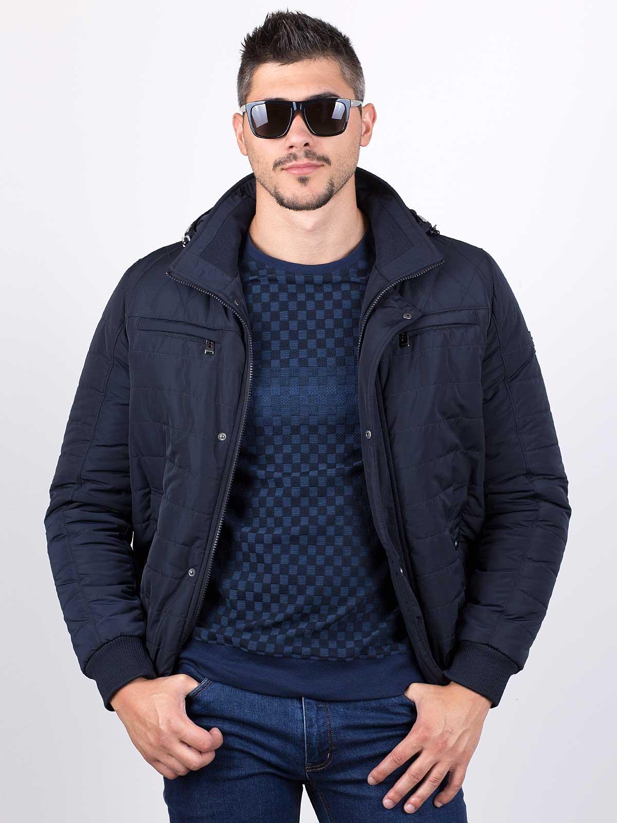 Мъжко яке в цвят тъмно синьо
