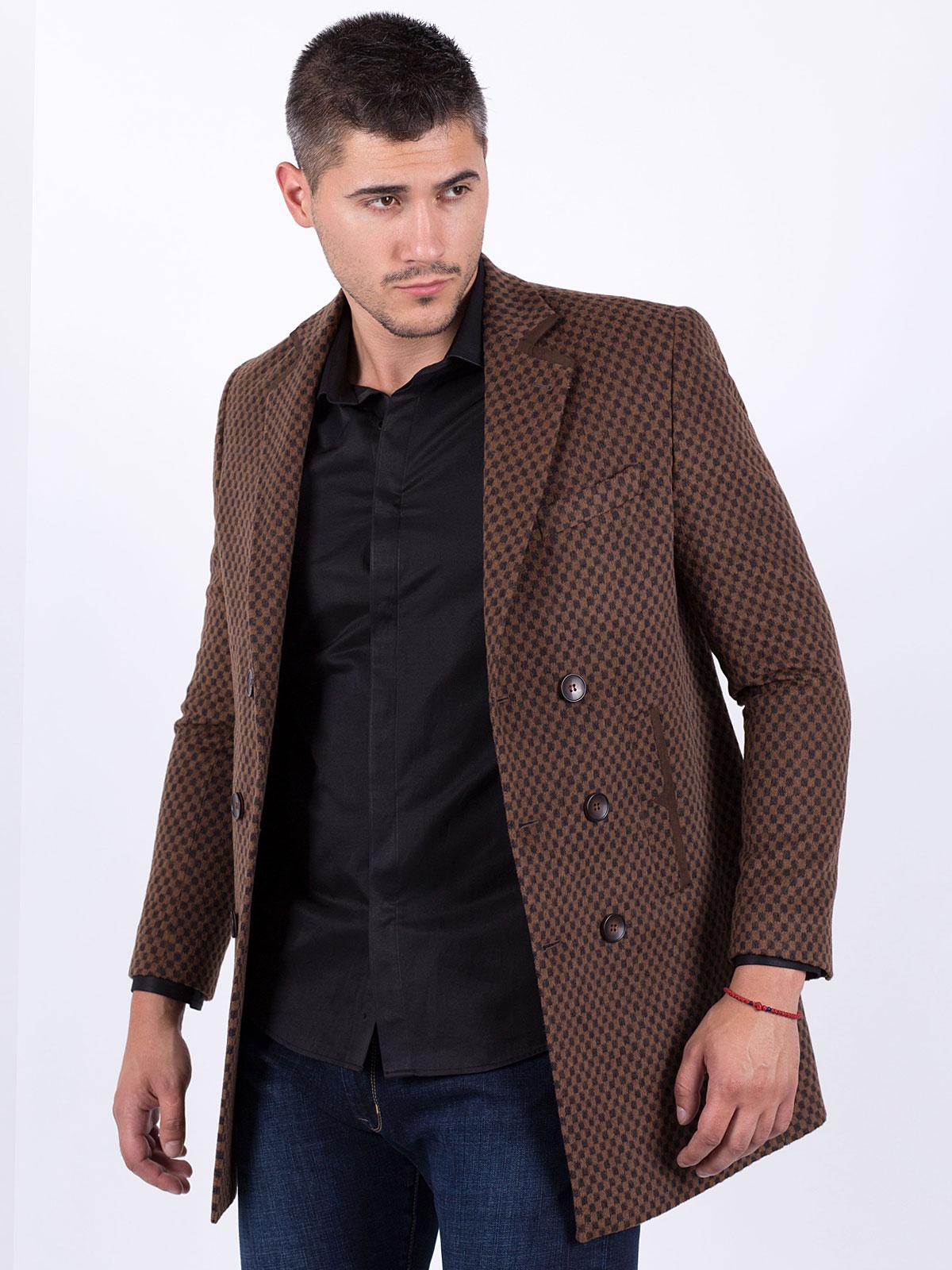 Късо мъжко палто