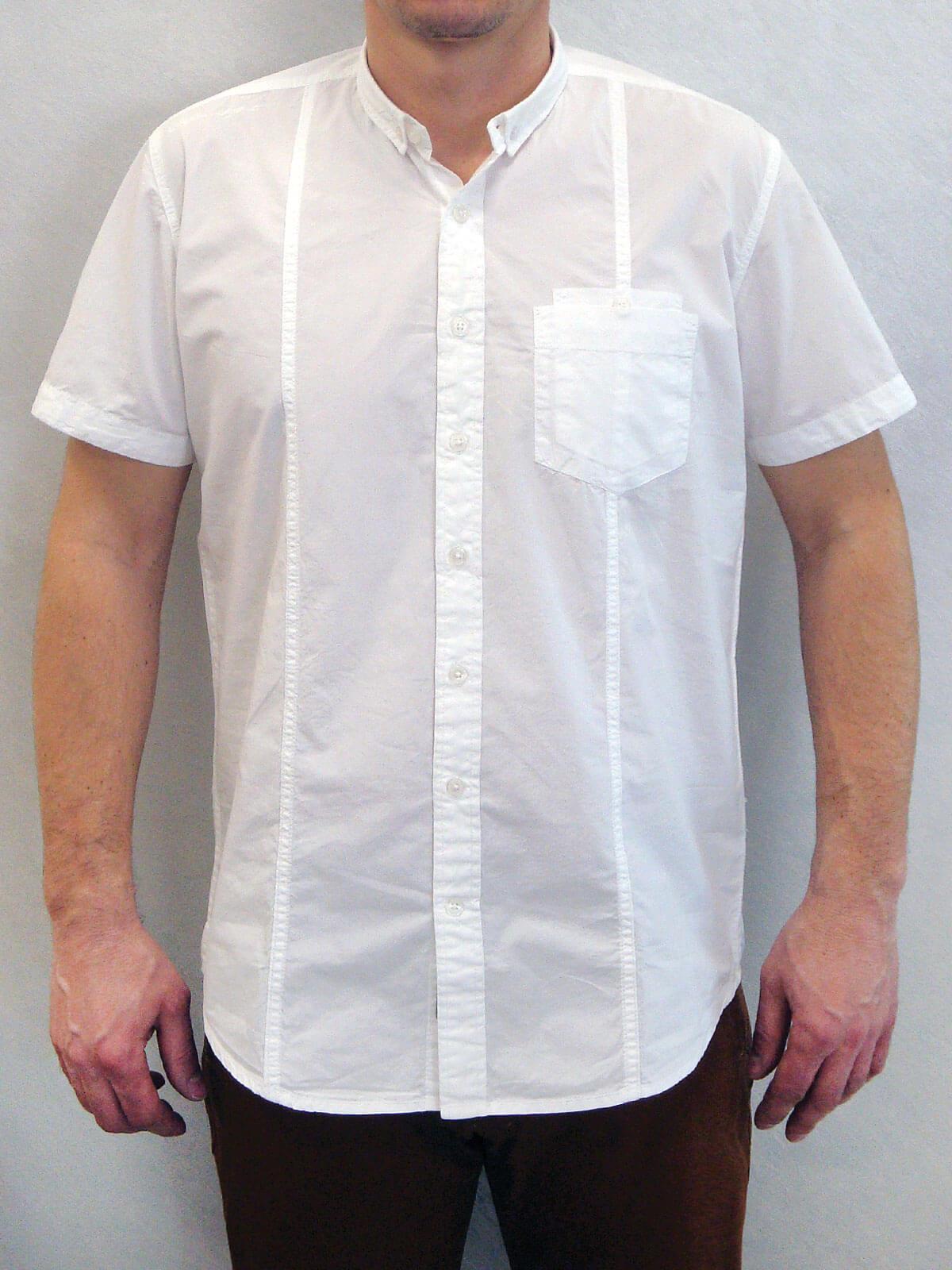 Свободна риза с къс ръкав и малка яка