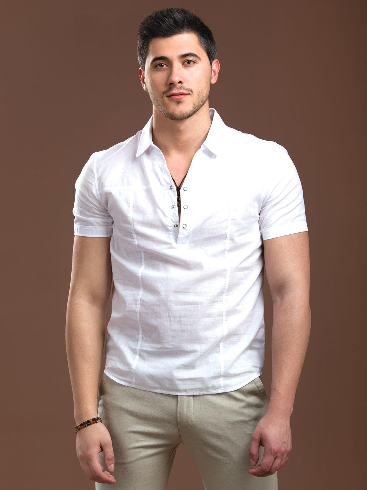 Бяла лятна риза