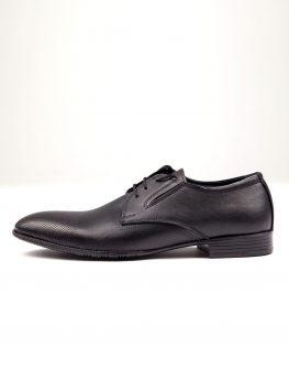 Елегантни черни кожени обувки