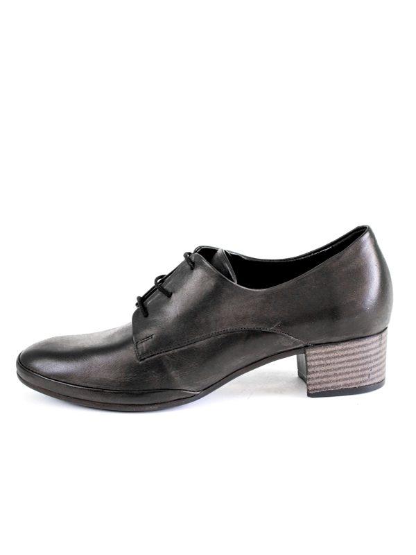 Дамски обувки Balis с връзки в черно