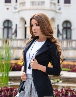 Спортно-елегантно сако в черен цвят без копче